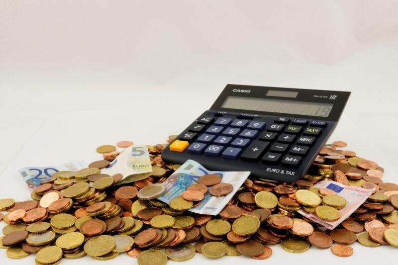 個人事業主の税金は何種類でいくらくらい?サクッとわかる基礎知識